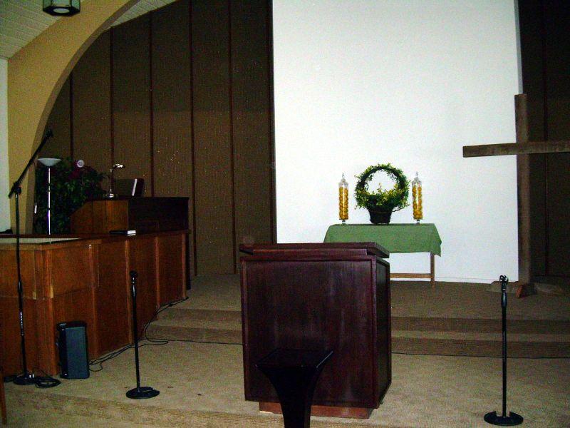 Front pulpit